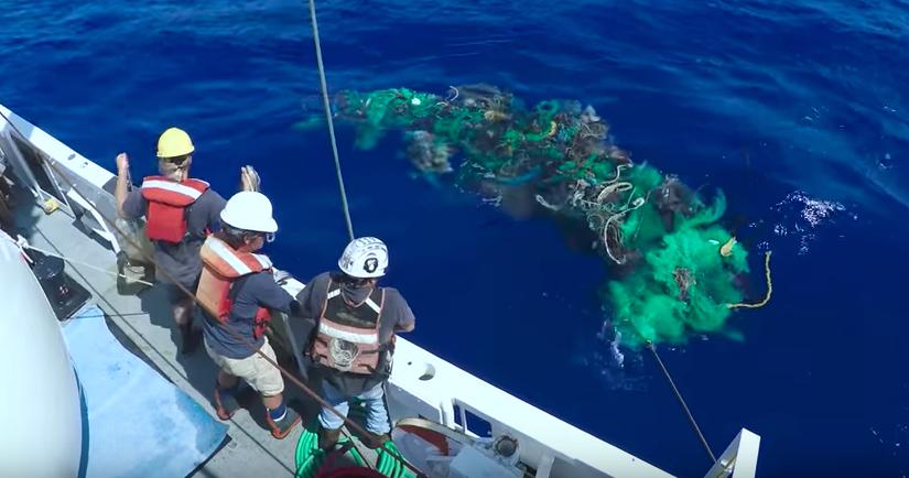 世界新聞 – 海洋中的垃圾數量遠大於以往想像,太平洋垃圾帶最新發現面積超過 40個台灣!